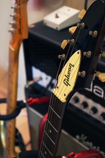 Gibson ギブソン フライングV